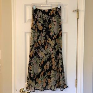 Beautiful Sundance Floral Skirt